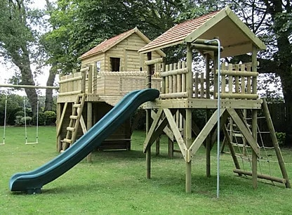 Double platform treehouse